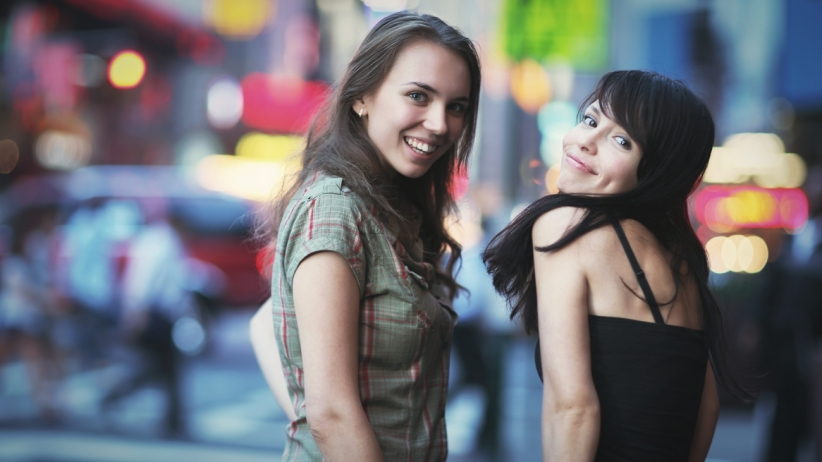 20150513235212-city-life-millenial-women-girls-friends-out-walking-2