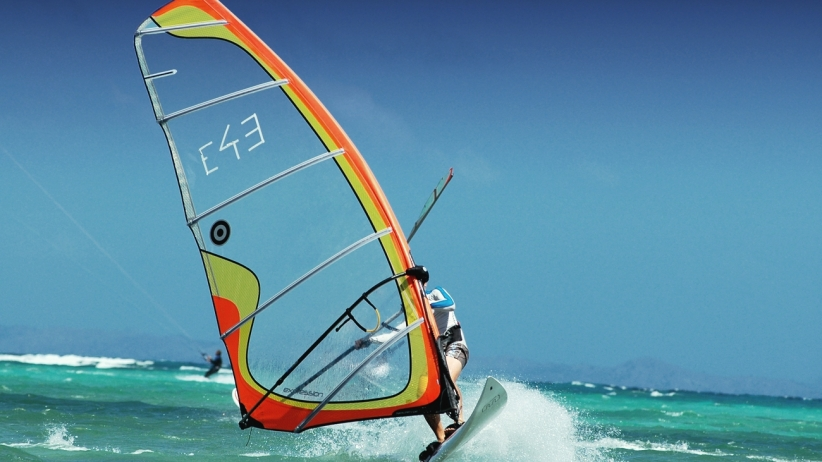20150320222051-wind-surfing-sports-water-ocean